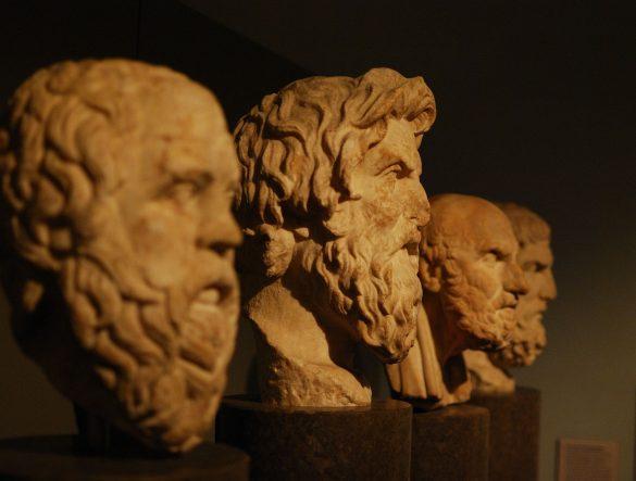 """""""Wer bin ich und wenn ja, wie viele?"""" von Richard David Precht und die Frage """"Kann Philosophie eine Hilfe sein?"""""""